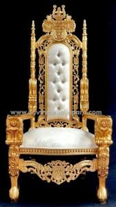 Kursi Raja Ukiran Bunga Mawar