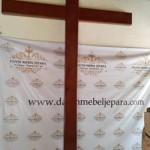 Salib Kayu Jati Gereja Protestan