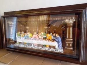 Relief Perjamuan Kudus Bingkai kaca