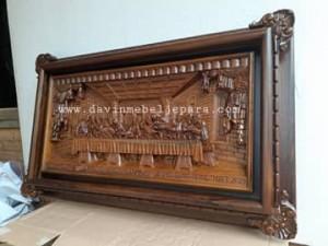 relif perjamuan kudus kayu jati