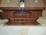 Meja Altar Katolik Untuk Misa Dan Perayaan Ekaristi