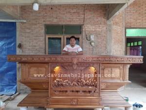 Perlengkapan Liturgi Meja Altar Gereja Katolik