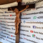 Salib Gereja Santa Maria Santigi Kotaraya Sulawesi Tengah