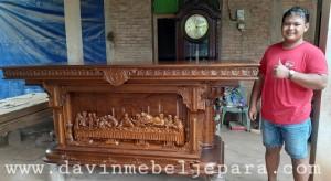 Meja Altar Terbaru Gereja Papua Barat