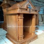 Tabernakel Gereja Ukiran kayu Jati
