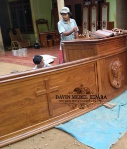 Altar Gereja Davin Mebel Jepara